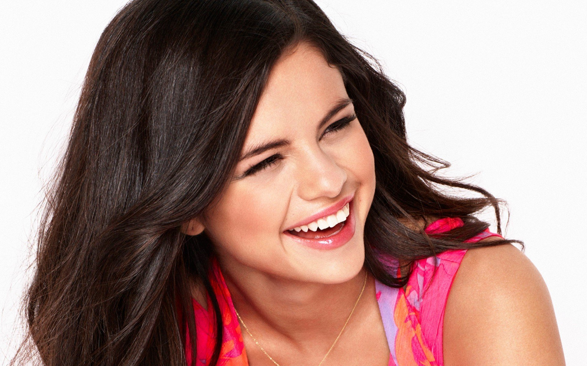 Wallpaper Hd Iphone Cute Men Selena Gomez S Screensaver A Cute Picture Of The Weekend