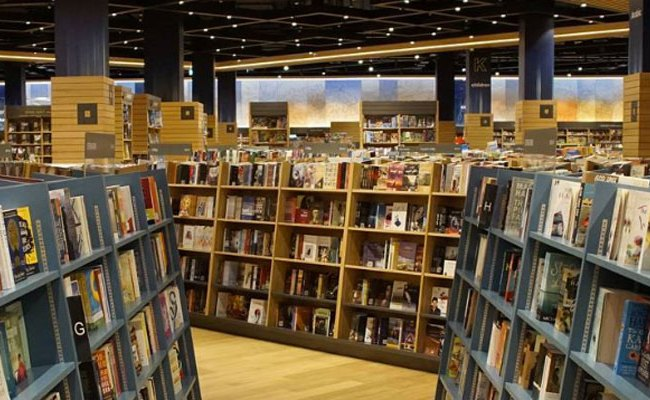 Kinokuniya Book Store In Dubai Mall Has A New Home What S On Dubai