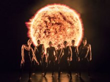 Alexander Whitley Dance Company: 8 Minutes