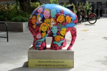 Elmer arrives at the Elephant