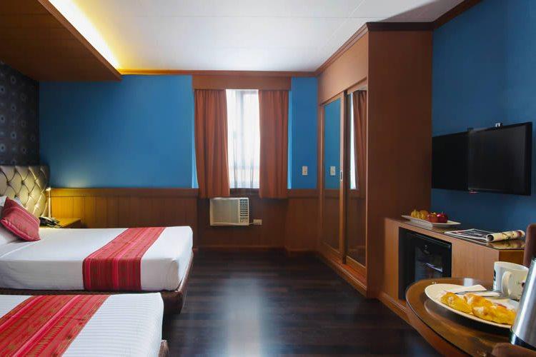 BEST WESTERN Hotel La Corona 01