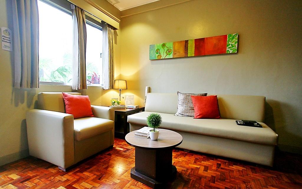 Baguio Holiday Villas / Baguio, Benguet