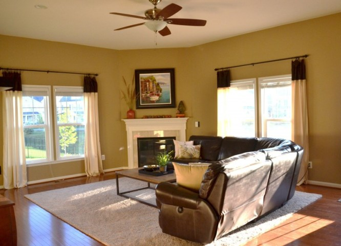 Whats Ur Home Story: Neutral Family Room, Sherwin Williams Latte, Family Room Decor