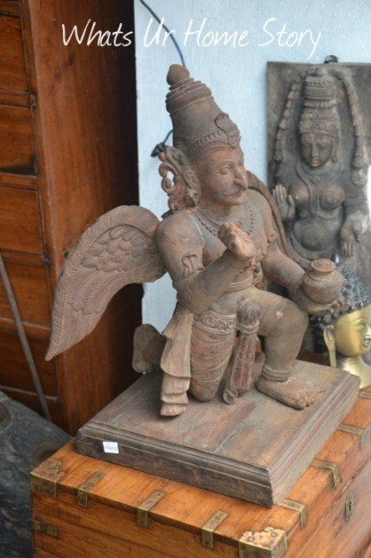 Whats Ur Home Story: antiques in Kochi, Jew street Fort kochi, Garuda statue