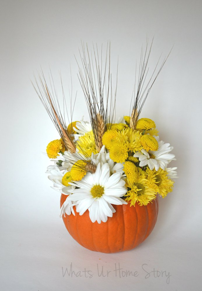 Whats Ur Home Story: Pumpkin Floral Centerpiece, Easy Thanksgiving Centerpiece, Pumpkin Holiday centerpiece, fall flowers, fall centerpiece