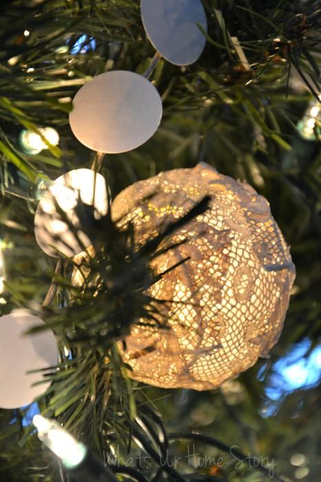 Whats Ur Home Story: handmade Christmas decorations, diy christmas ornament, handmade christmas ornament, unique ornament, natural decor Christmas,vintage lace christmas ornaments