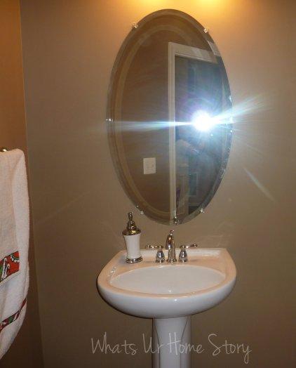 powder room mirror makeover, oval builder grade mirror upgrade