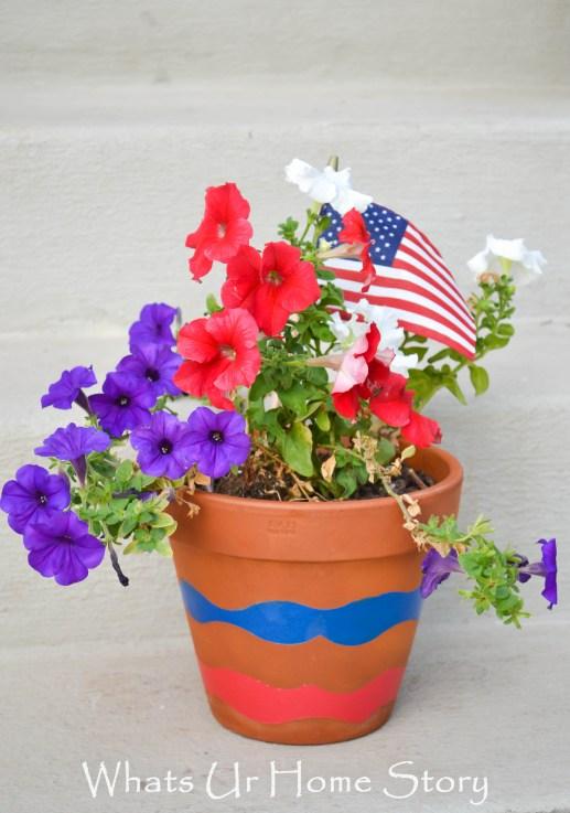 wave planter diy, painted wave planter, Patriotic Planter, wave planter