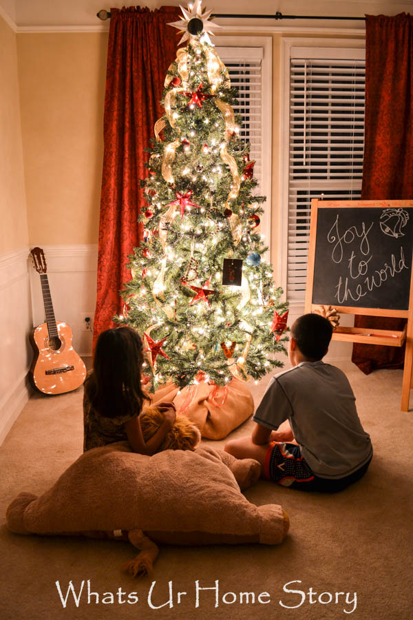 Starry Night Christmas Tree - www.whatsurhomestory.com