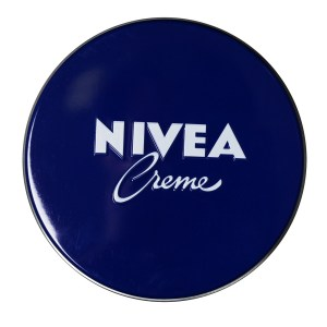Royal Beauty Bag: Nivea Moisturizer