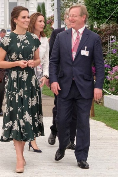 Kate in Floral Green Frock for Chelsea Flower Show