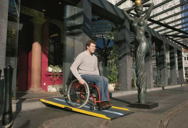 ez-access-portable-ramp-museum