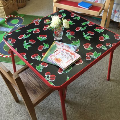 Give Me Glitter: Upcycled Kids Table