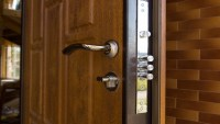 How to choose the best security door lock?