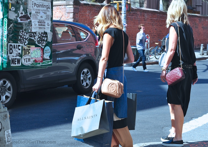 The Bags Women Carry In New York Where Did U Get That