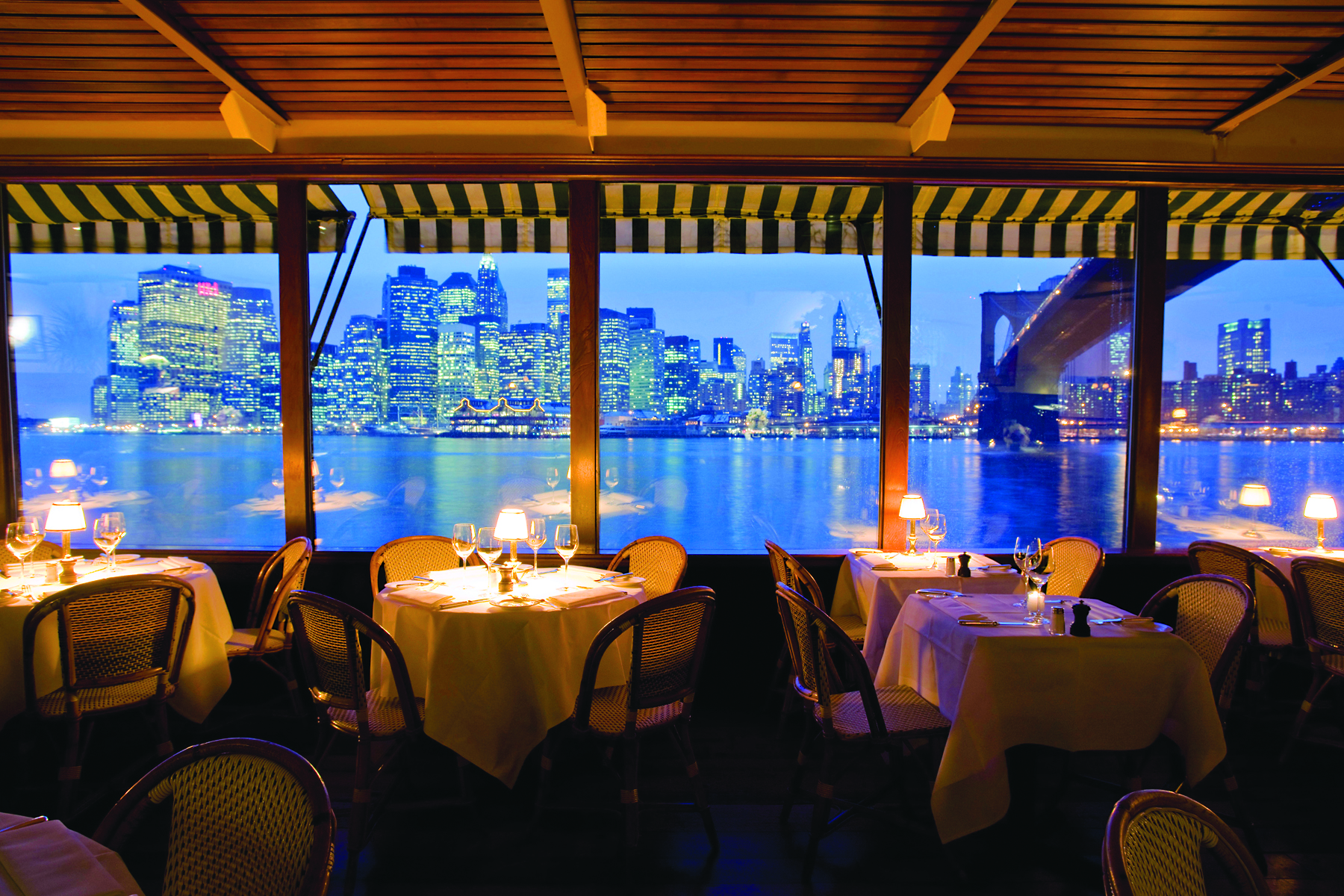 Restaurant A New York Nyc Restaurants With A View Wheretraveler