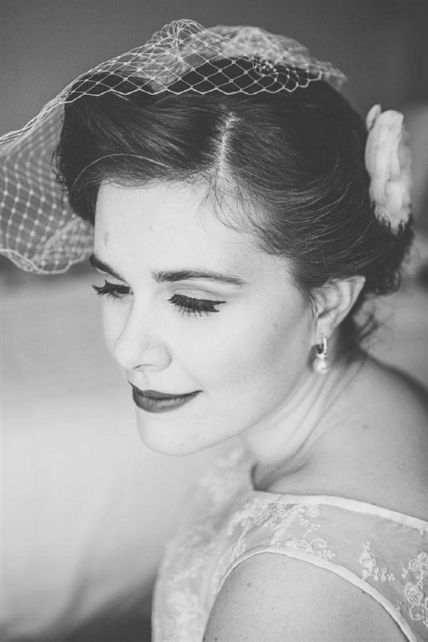 vintage bride hair make up 1950s wedding