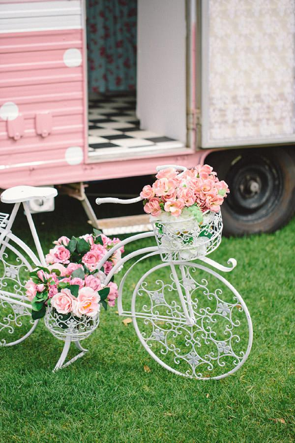 bicycle flowers wedding