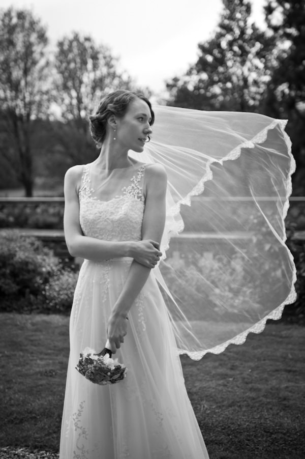 vintage traditional bride veil