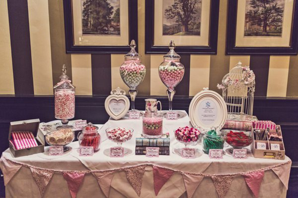 wedding sweets http://www.clairepennphotography.com/