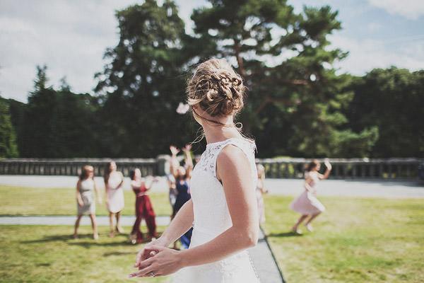 Bouquet Throw Classic Elegant Pink Wedding http://www.annahardy.co.uk/