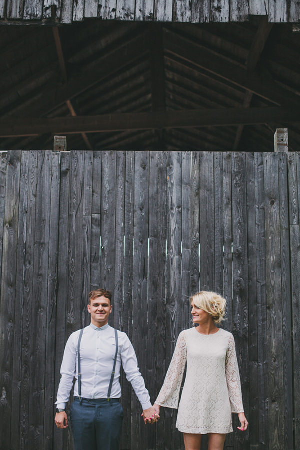 Woods, Barn & Cornfield Engagement http://www.lucylittle.co.uk/