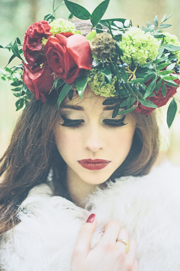 Woodland Wonderland Wedding Ideas Flowercrown Bride http://www.jessicawitheyphotography.squarespace.com/