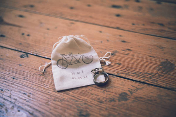 DIY White City Wedding Rings http://www.amyfaithphotography.com/
