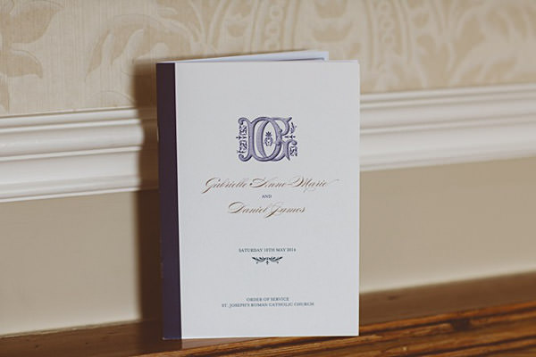 Classic Elegant Country House Wedding Stationery http://www.jayrowden.com/