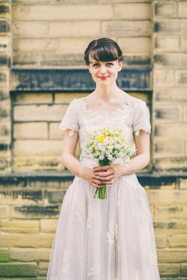 Crafty Hand Sewn Vintage Wedding Bride Daisy Bouquet http://www.njphotographic.co.uk/