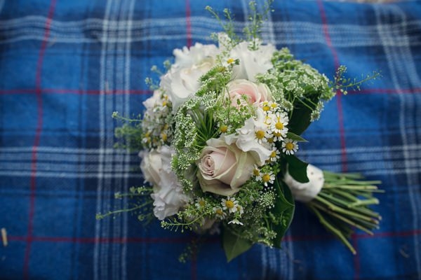 Country Barn Wedding Cow Parsley Bouquet Bridal http://assassynation.co.uk/