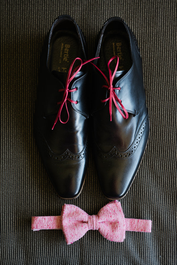 Las Vegas Elopement Groom Shoes Bow Tie http://www.nigeledge.com/