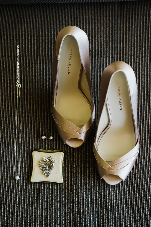 Las Vegas Elopement Brides Jewellery Shoes http://www.nigeledge.com/