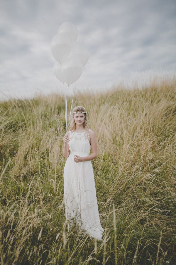 Bohemian Countryside Wedding Ideas Balloons http://www.frankee-victoria.co.uk/