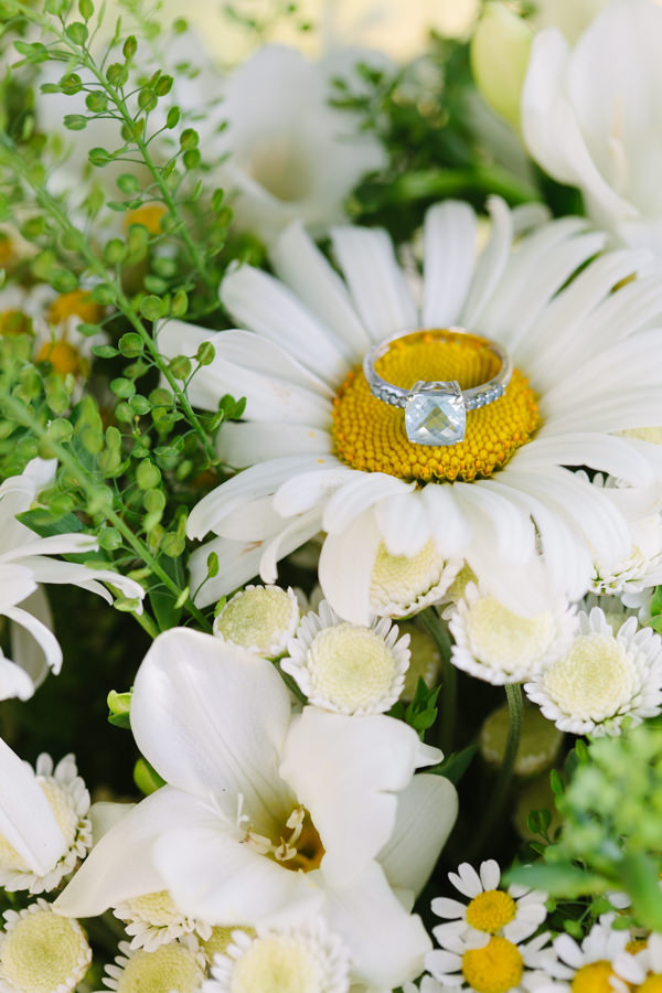 Natural Rustic Daisy Wedding Engagement Ring Diamond http://www.camillaarnholdphotography.com/