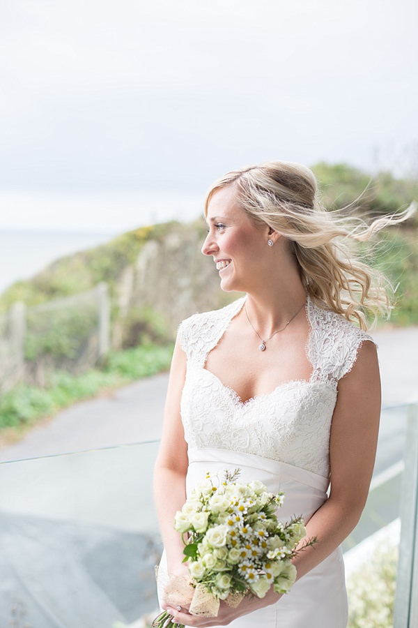 Informal Beach Wedding http://www.juliaandyou.com/