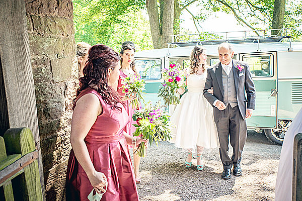 Natural Rural Seasonal Wedding http://martamayphotography.co.uk/