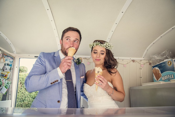 Vintage Glamour Afternoon Tea Wedding Bride Groom Ice Cream http://assassynation.co.uk/