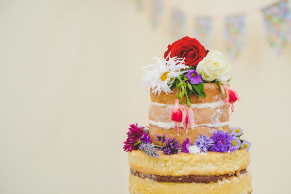 Vintage Wildflower Meadow Wedding Naked Layer Sponge Cake http://annamorganphotography.co.uk/