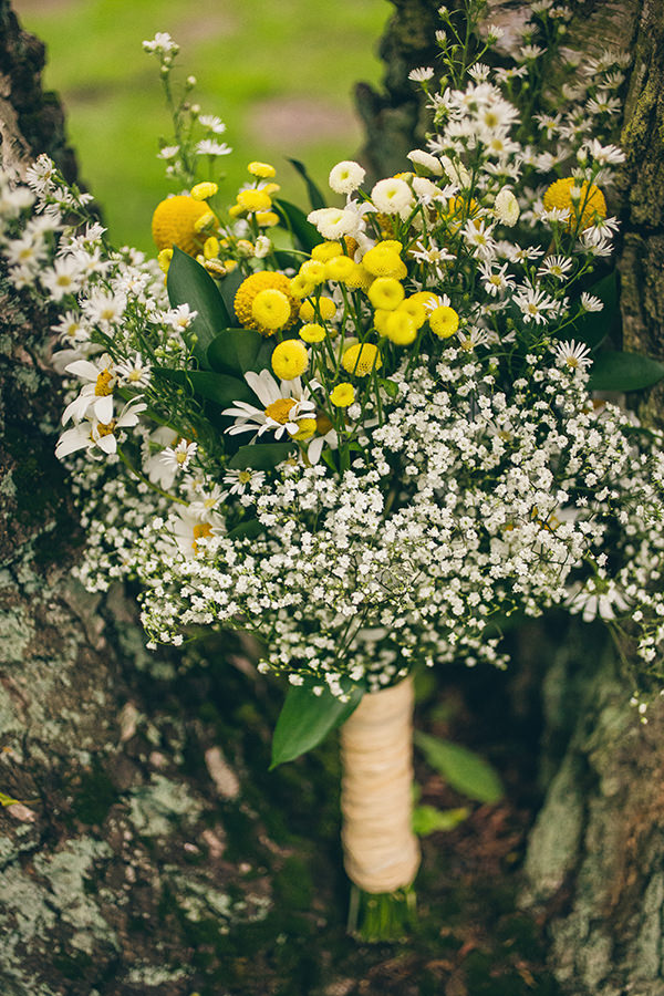 Quirky Campsite Outdoor Wedding Daisy Yellow White Bridal Bouquet  http://www.lifelinephotography.co.uk/