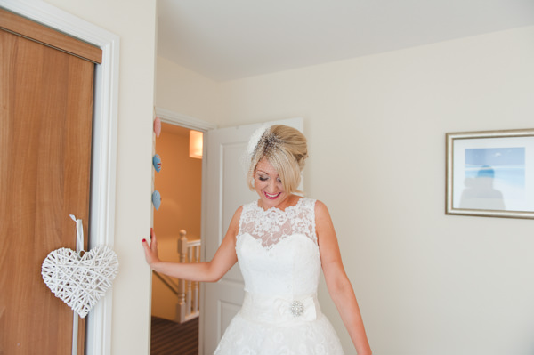 Simple Warm Festive Winter Wedding Beehive Hair Blonde Bride Style  http://mackphotography.co.uk/