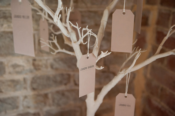 Pretty Country Garden Wedding Memory Tree http://fionasweddingphotography.co.uk/