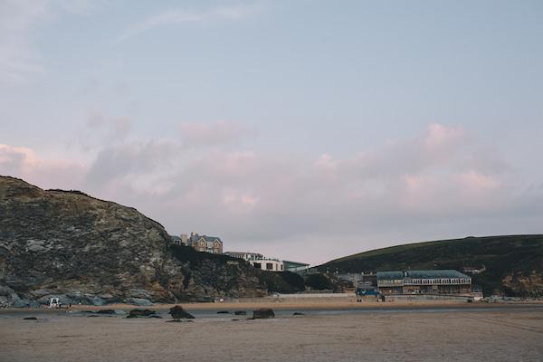 Romantic Sunset Cornwall Beach Proposal http://www.traversandbrown.co.uk/