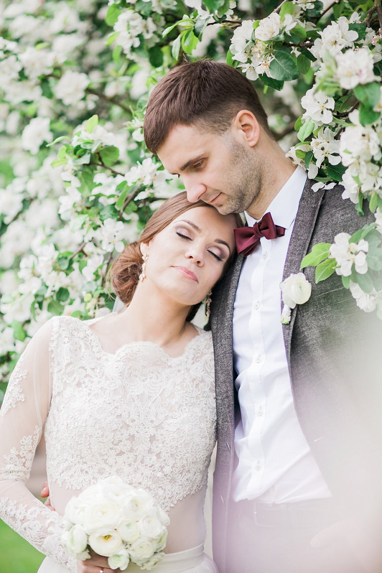 Dreamy Chocolate Coffee Wedding in Lithuania http://jurgitalukos.com/