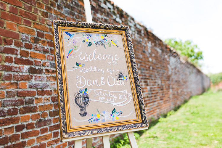 Whimsical Sign Welcome Brown Paper Illustrated Hot Air Balloon Victorian Botanical Picnic Wedding http://www.livvy-hukins.co.uk/