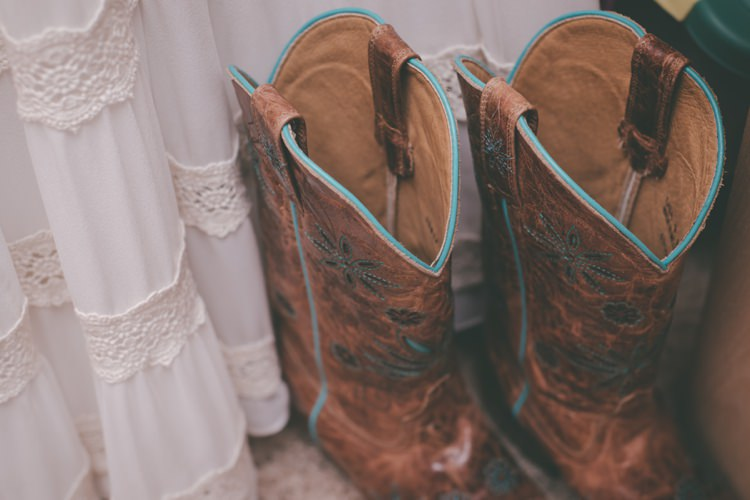 Cowboy Boots Bride Vintage Bohemian Red Barn Wedding Illinois http://www.ronirosephotography.com/
