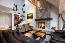 Whistler VRBO Photos of Luxury Accommodation Whistler Pinnacle Ridge 1-877-887-5422