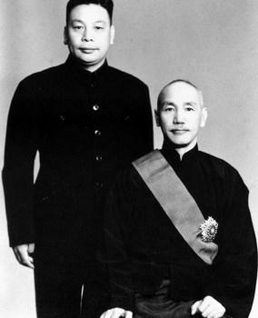中國軍、大和魂:蔣介石的戰爭、國家形成與在臺國(民黨)軍的重建