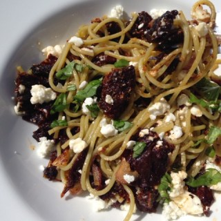 Veggie Pasta with Sun Dried Tomatoes and Feta
