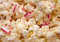 White Chocolate Candy Cane Popcorn2